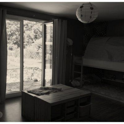 Malgré une belle fenêtre, peu de luminosité