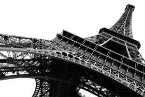 toile-photo-tour-eiffel-en-noir-et-blanc
