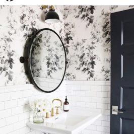 miroir déco salle de bain blanc et noir, robinetterie rétro