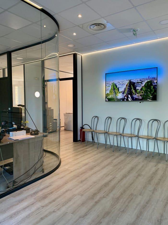 décoration et agencement bureaux accueil, inauguration, décoratrice UFDI Synergie Déco