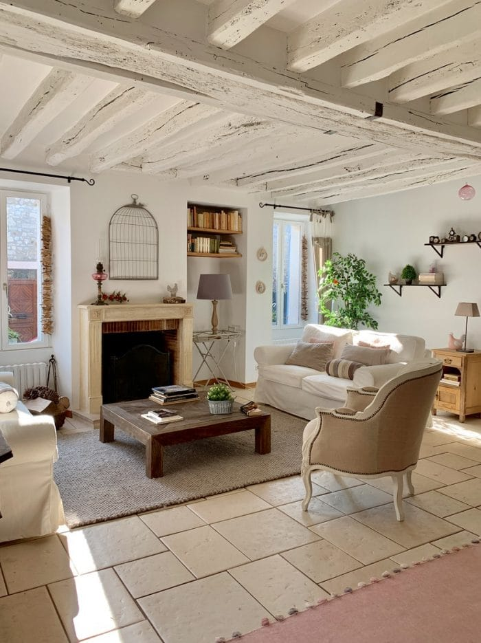 maison poutres blanches, campagne, home staging gris shabby chic